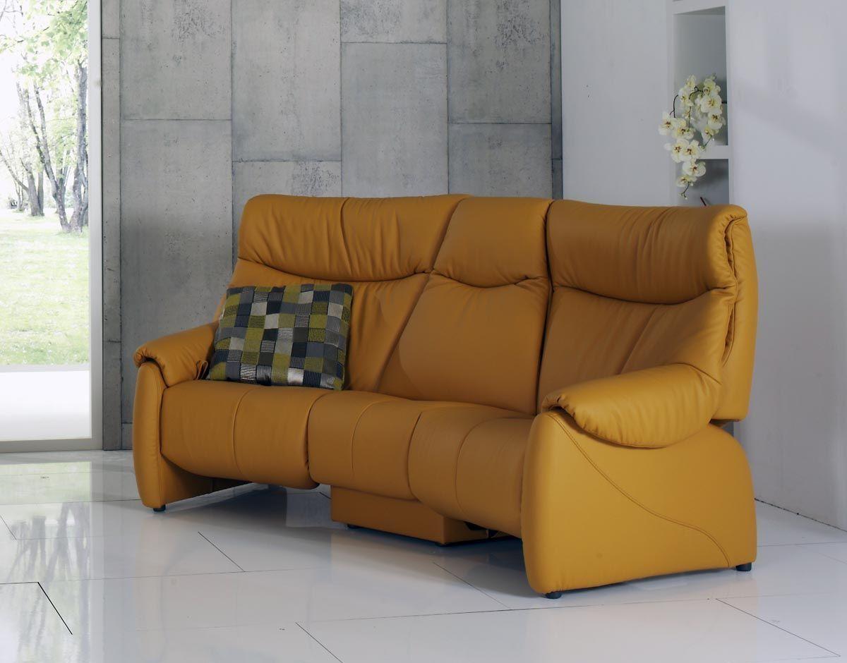 sofás de piel